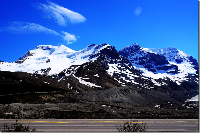 Looking south at Mount Athabasca and Mount Andromeda from Columbia Icefield Glacier Discovery Centre 1