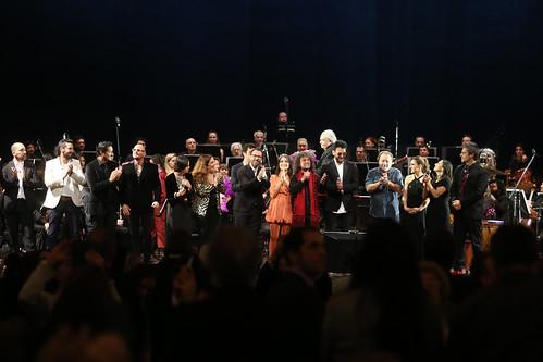 Concierto sinfónico en homenaje a Violeta Parra en el Teatro Colón