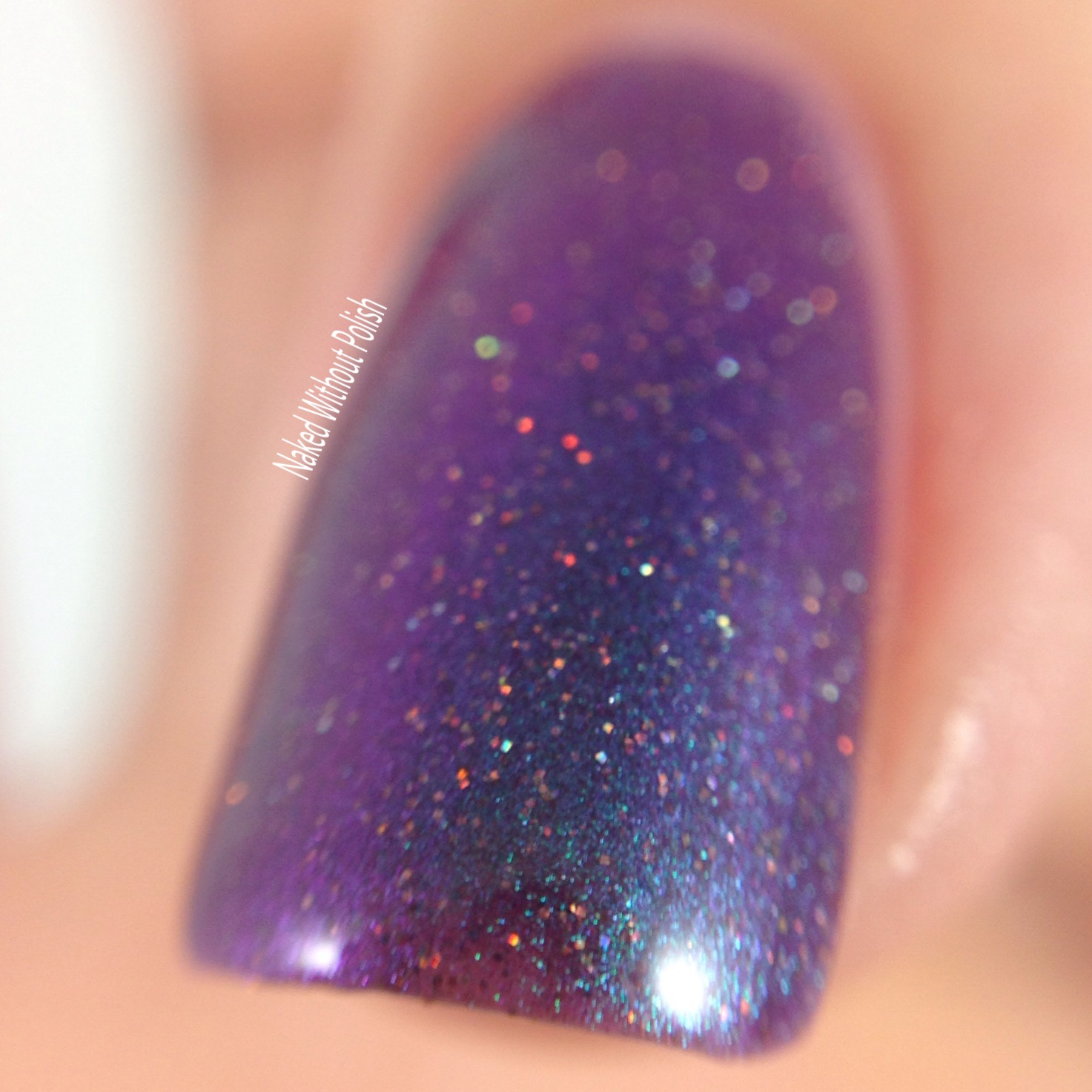 Polish-Pickup-Lollipop-Posse-Lacquer-Film-Noir-5