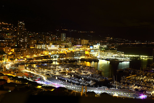 montecarlo monaco port harbor ship boat luxuryboat porthercule night nightview longexposure 夜景 長曝 f1 formula1 racingline 賽道 6d holiday relax friends frank photographer photography photograph 蒙地卡羅 摩納哥 奢華 地中海 mediterranean canonef1740mmf4l chinesenewyear 陰天 雨天 cloudy raining frankineurope canon