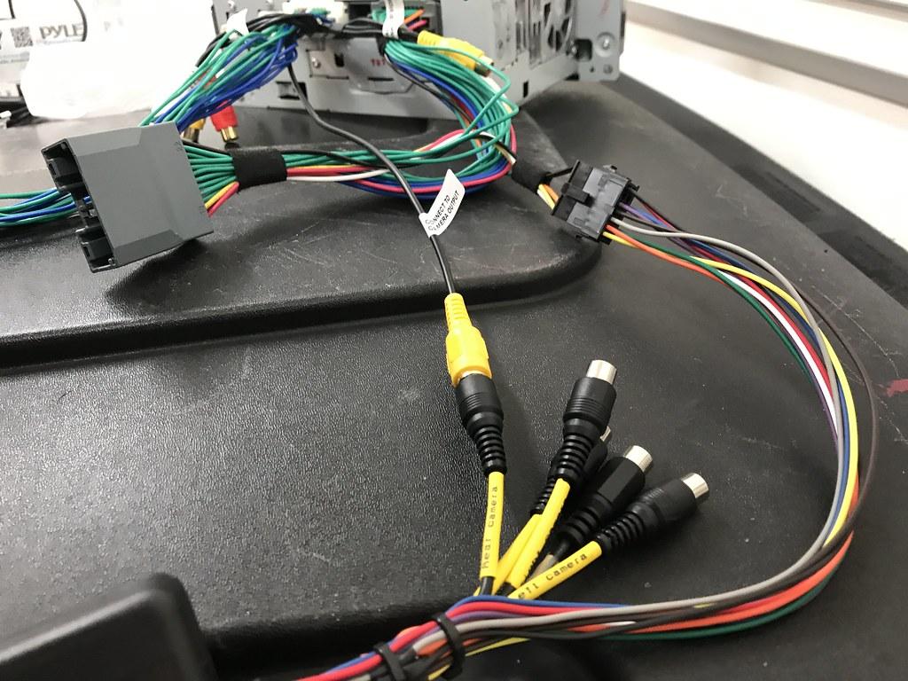 diy 2013 jku backup camera installation page 25 jeep wrangler forum. Black Bedroom Furniture Sets. Home Design Ideas