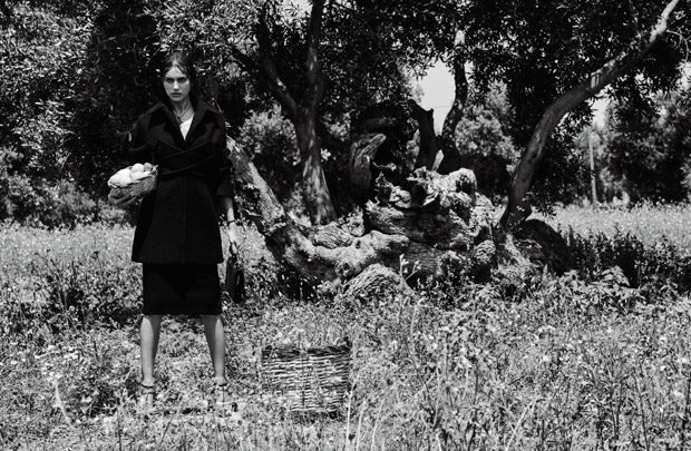 Irina-Shayk-Vogue-Japan-Giampaolo-Sgura-03-620x405