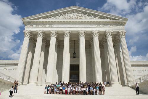 LAWA Students Visit Supreme Court