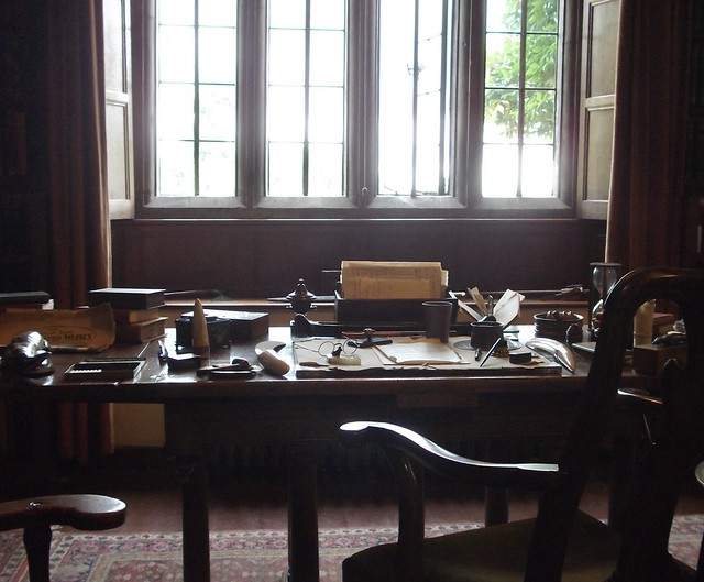 Rudyard Kipling's desk, Fujifilm FinePix JV100