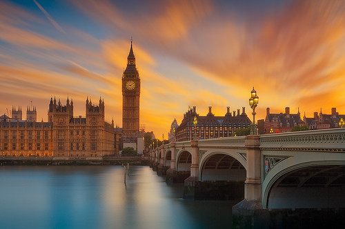 london sehenswürdigkeiten sonnenuntergang bigben sunset orange sight landmark leefilter filtrage ndfilter thames river riverbanks bridge tower building office parliament uk gb city travel space outdoor sky