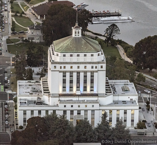 Alameda County Superior Courthouse Building in Oakland