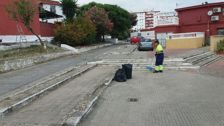 LIMPIEZA BARRIADA 15 DE JUNIO.jpeg1