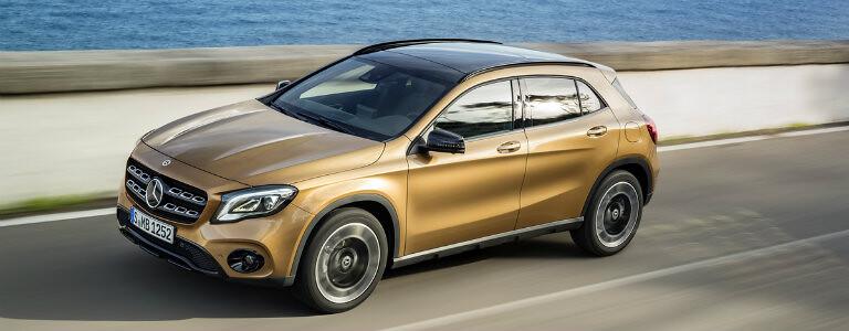 2018-Mercedes-Benz-GLA-front-side_o