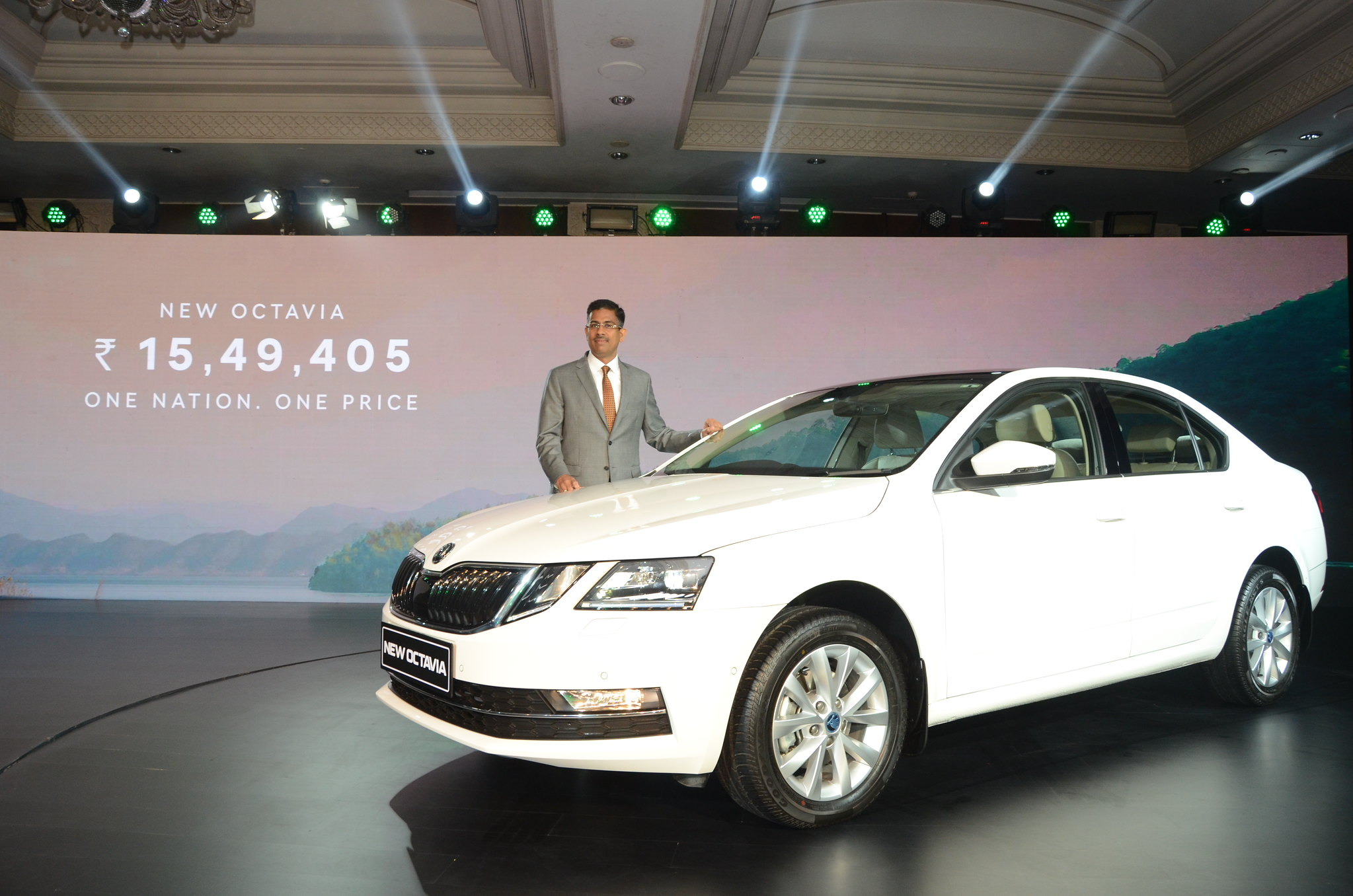 01 Ashutosh Dixit - Director Sales, Service & Marketing at _KODA AUTO India launches the New Octavia