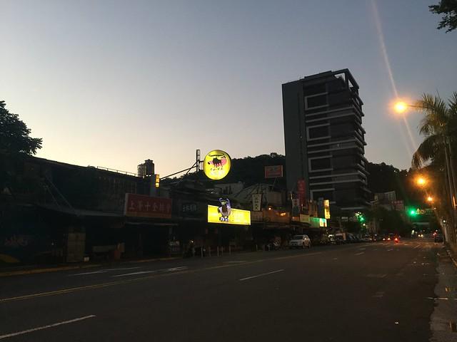 基河路凌晨4點40分 (10)