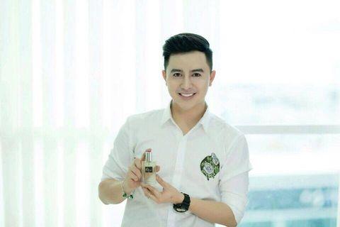gia-nuoc-hoa-charme-iris-cho-nam-chinh-hang-charmephap-com