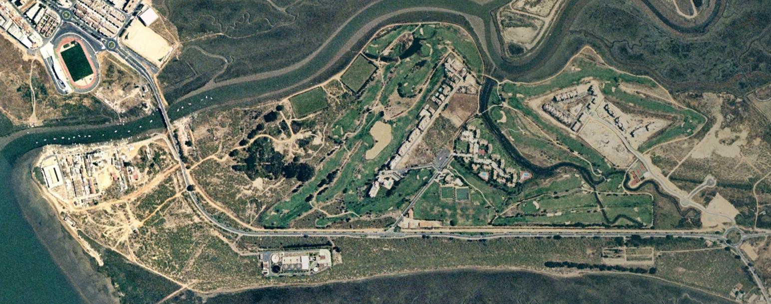 campo de golf isla canela, huelva, seguro que carlos cano anda detrás, antes, urbanismo, planeamiento, urbano, desastre, urbanístico, construcción