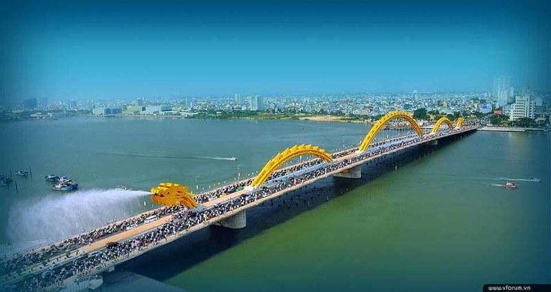 Dragon Bridge (Da Nang, Vietnam)