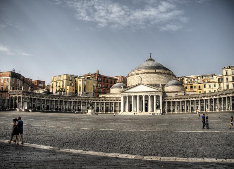 Piazza del Plebiscito , Naples