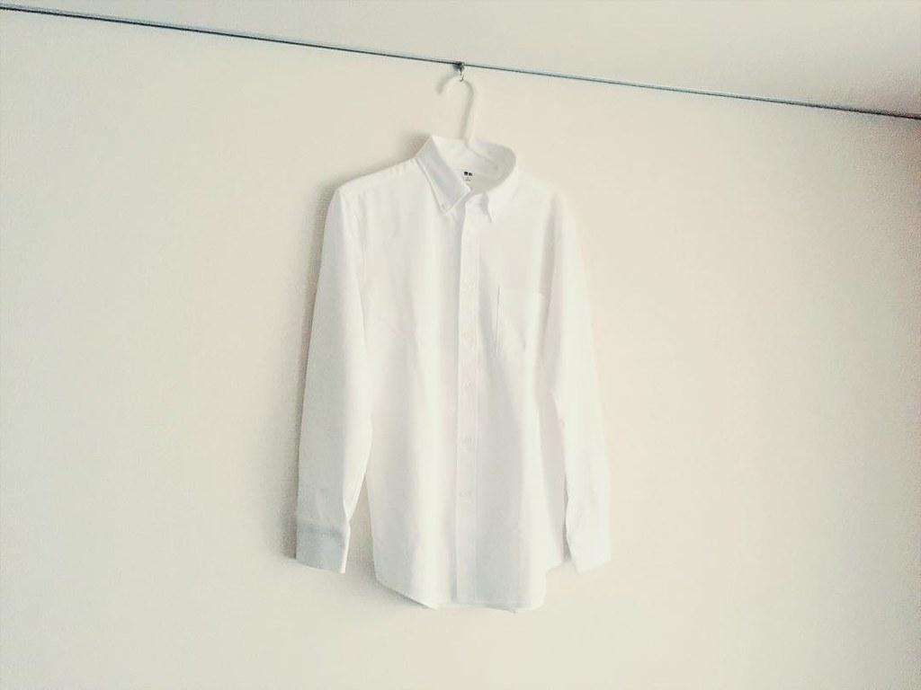 ユニクロのイージーケアコンフォートシャツ