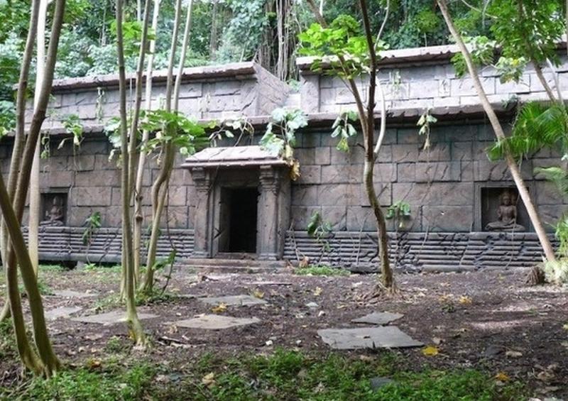 Le Temple de l'île de Lost  36255154176_bb8355c42c_o