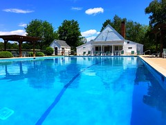 Another gorgeous day at the pool :swimmer::sunny::sweat_drops::bikini:! #connecticut