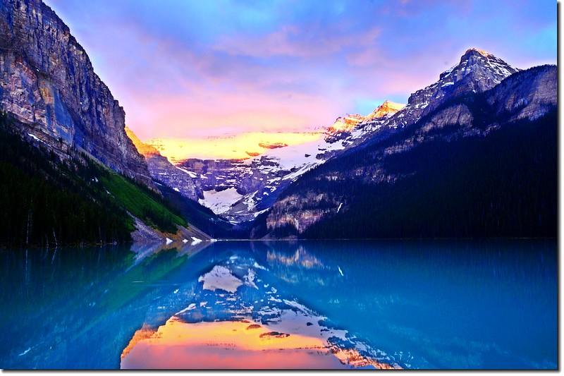 Lake Louise sunrise (1)