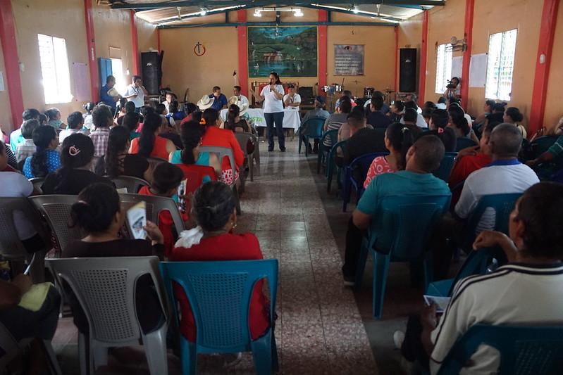Familias de Coop. Pañanalapa, Chalatenango firmas escrituras