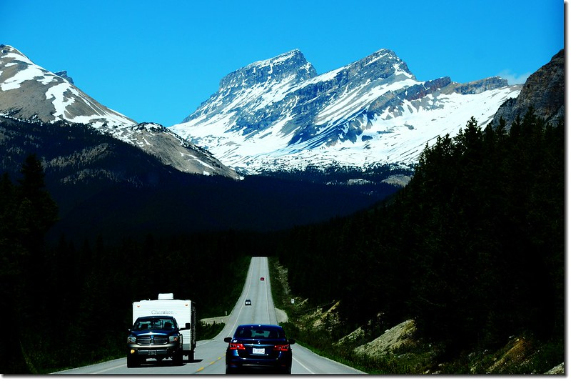 The scenery along  AB-93 N(Icefields Parkway) (16)