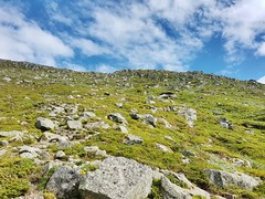 Hiking trail to Melderskin