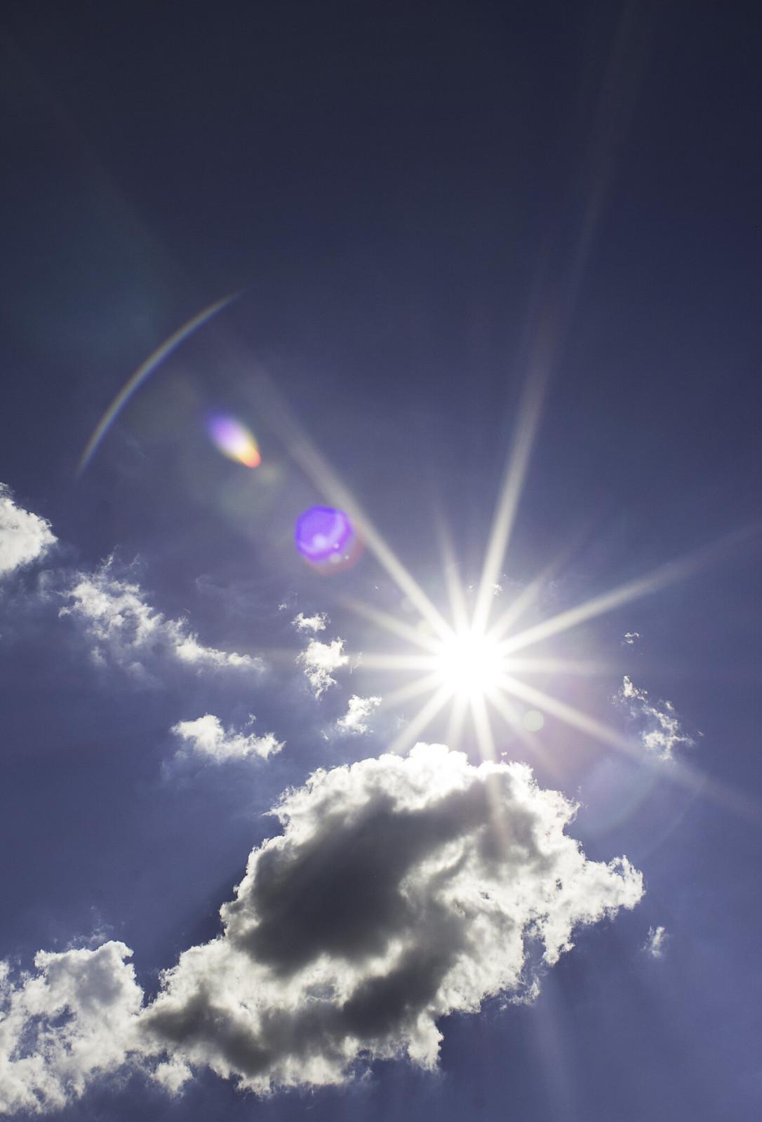 Sun, Canon EOS REBEL T2I, Canon EF 28mm f/1.8 USM