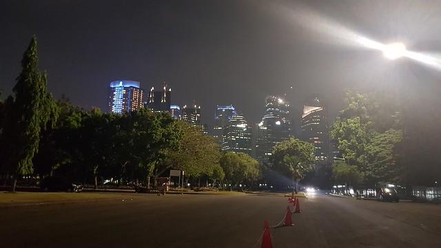 Hasil foto malam hari Samsung Galaxy S8 (Liputan6.com/ Agustin Setyo W).