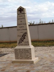 91-Thionville* - Photo of Plessis-Saint-Benoist