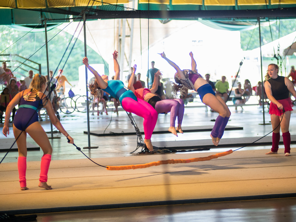 Acrobatic jump rope