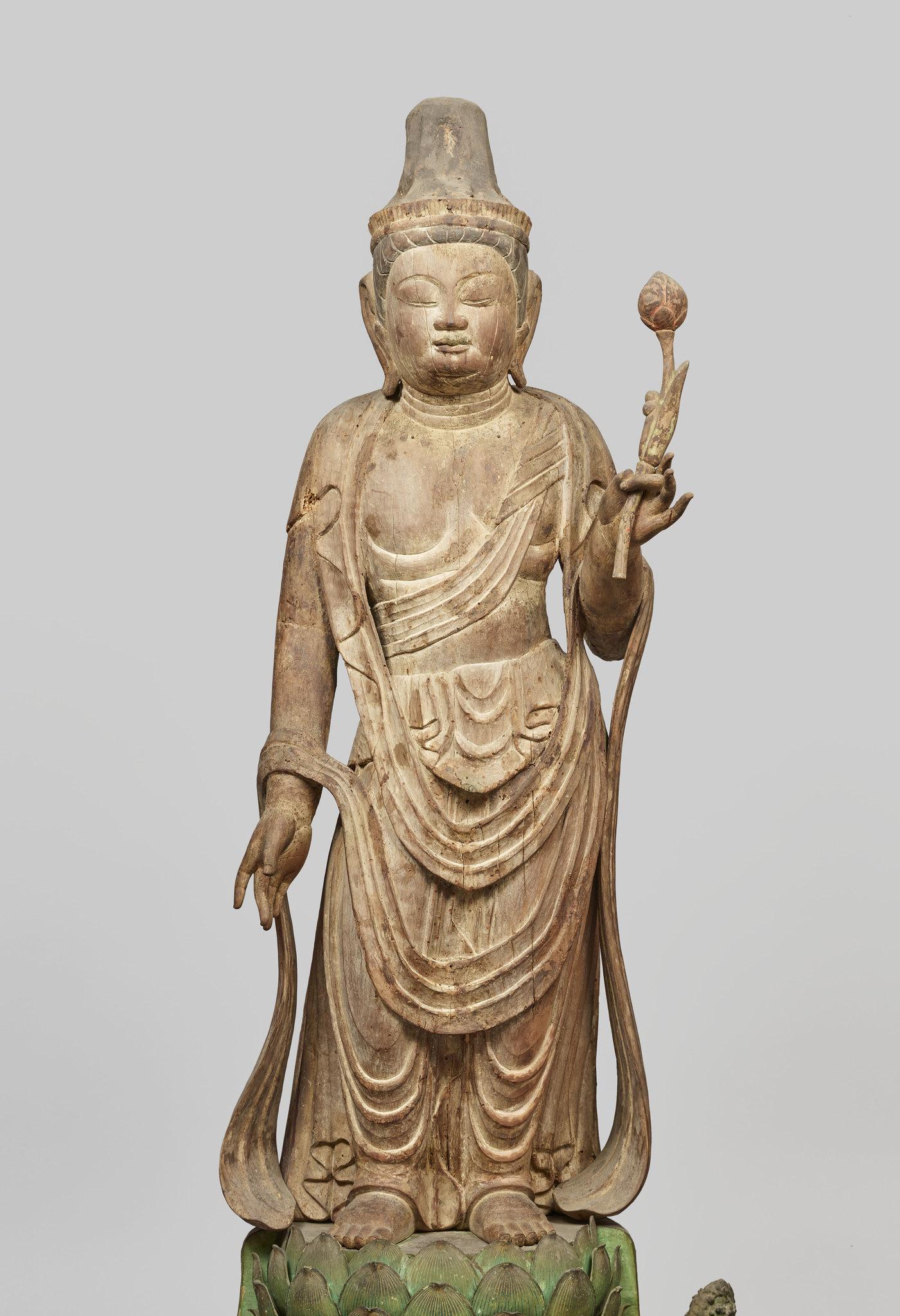 重要文化財《観音菩薩立像》(平安時代、奈良・高雄寺)