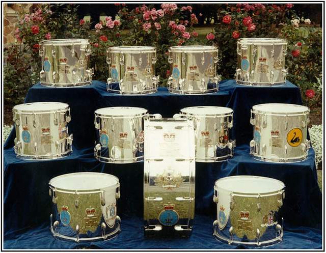 silver_drums