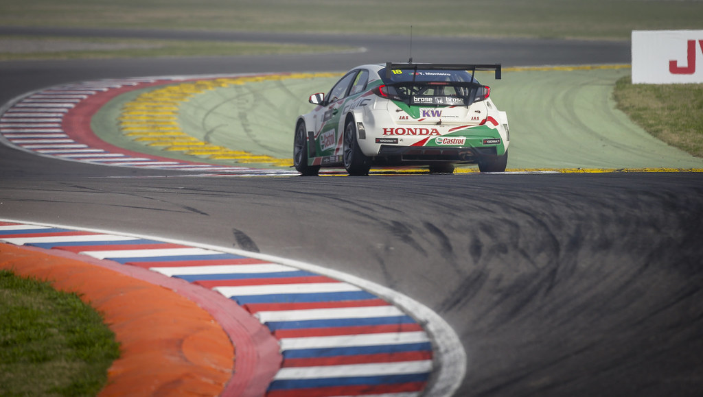 18 MONTEIRO Tiago (prt) Honda Civic team Castrol Honda WTC action during the 2017 FIA WTCC World Touring Car Race of Argentina at Termas de Rio Hondo, Argentina on july 14 to 16 - Photo Francois Flamand / DPPI