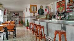 local comercial de unos 80 m2 aproximados situado en pleno centro de Benidorm. Solicite más información a su inmobiliaria de confianza en Benidorm  www.inmobiliariabenidorm.com