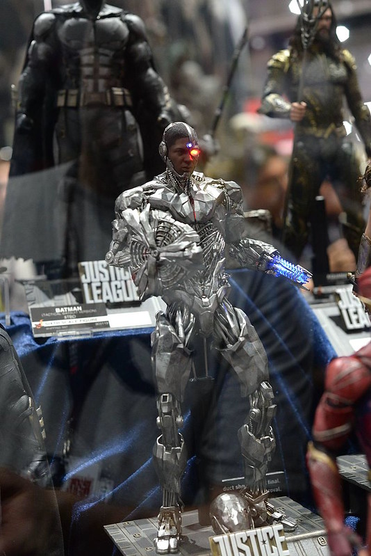 Hot Toys Cyborg SDCC2017 (Pic by www.mwctoys.com) Justice League