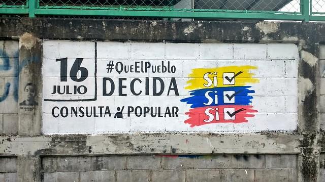Plebiscito deste domingo na Venezuela é inconstitucional, diz advogado