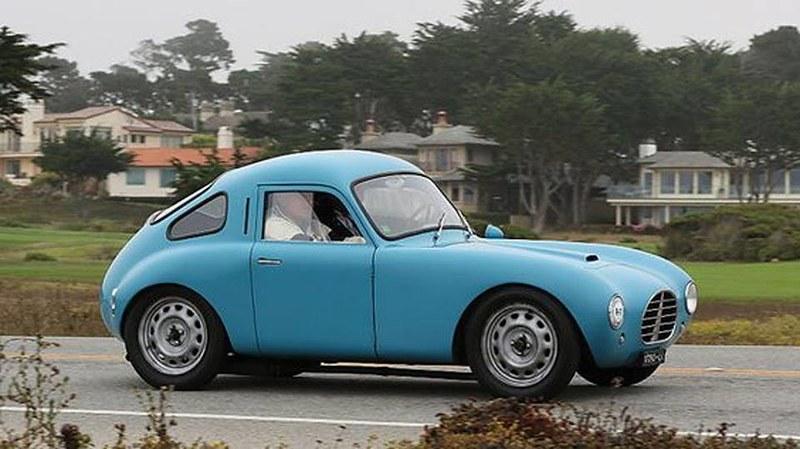 bizzarrini был также праздновали, в частности, первый автомобиль, который он построил в 1953 году, когда он все еще учится в университете. Он основан на fiat 500