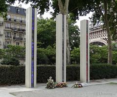 Modern memorial near to the Eiffel