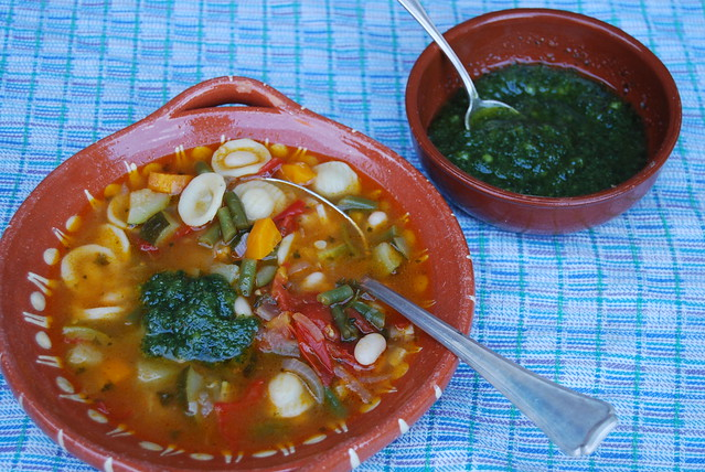 Zomerse groentesoep met pistou...