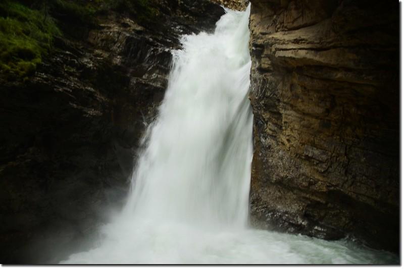 Johnston Canyon Falls (lower) (4)