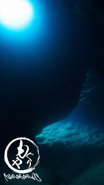洞窟の光もキレイでしたね♪