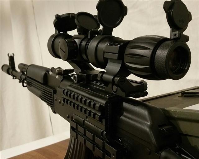 ak47 mount 3x magnifier & red dot1