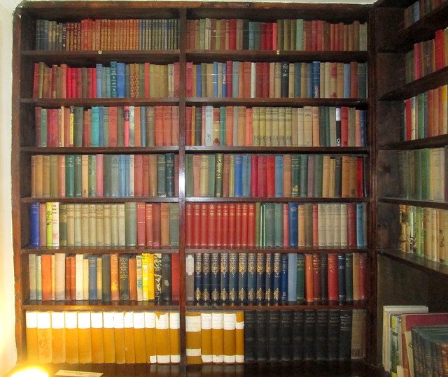 Skaill House Library, Books