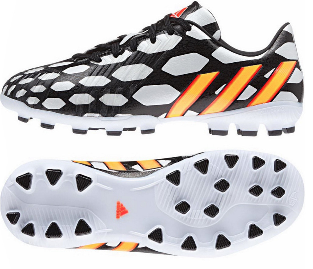 6d29e5408 Boys Adidas Predator Moulded Stud Football Boots Sizes 11.5kids - 5.5UK New  and Boxed.