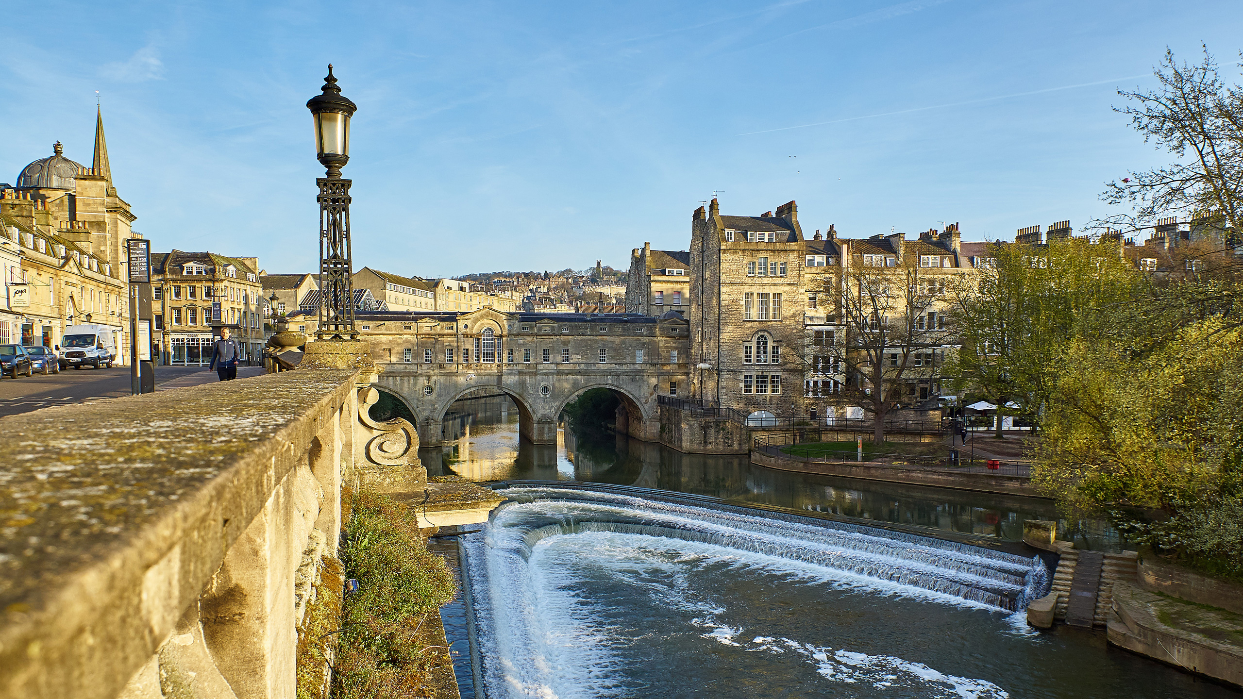 View of the Weir and Pulteney Bridge in Bath