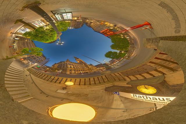 Rathausmarkt 01