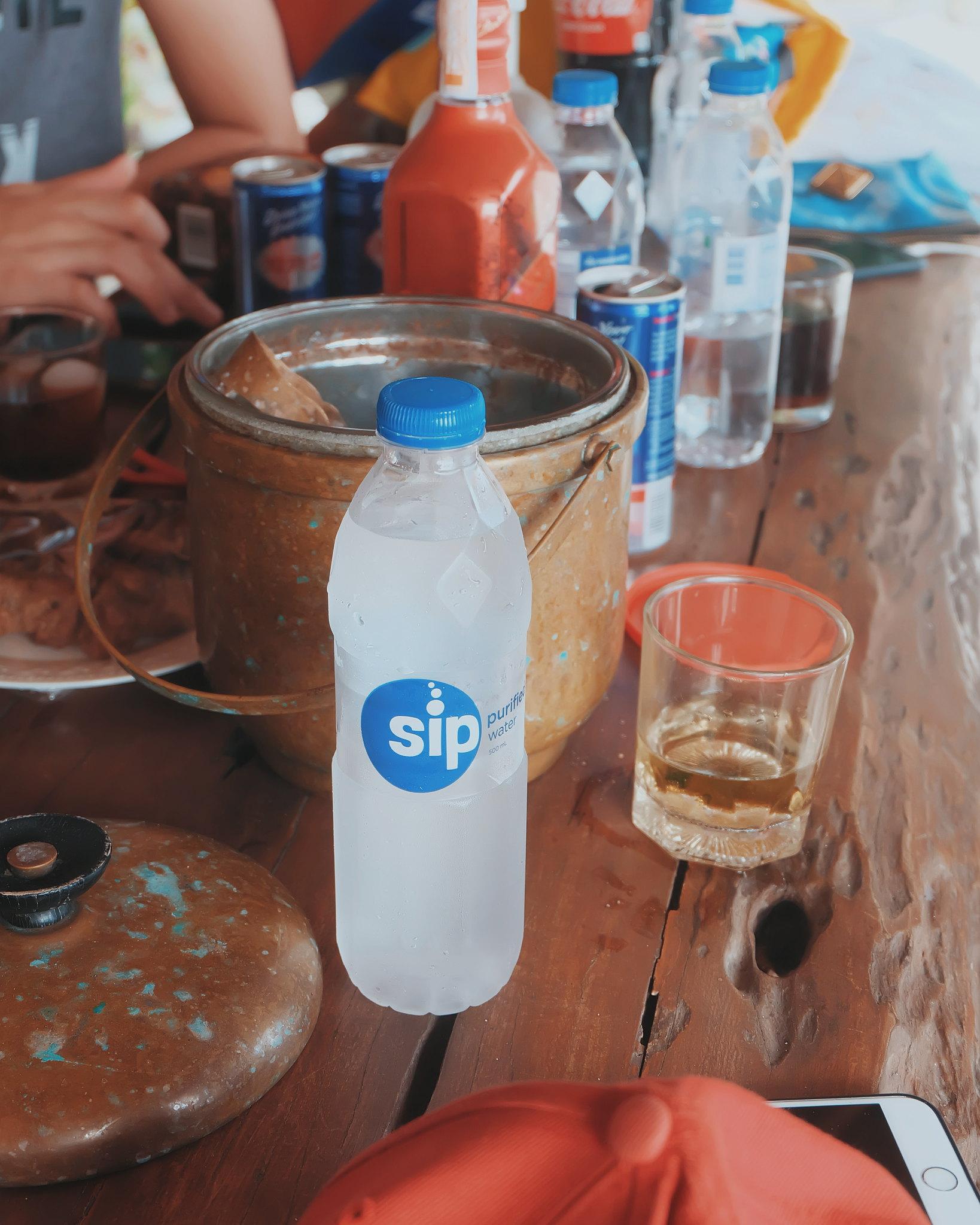 sip water