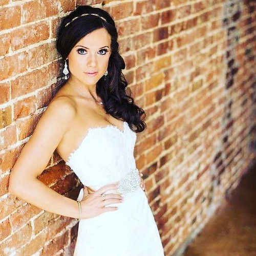 Stunning #bride Ryan Patrick Salon is here for all of your #Bridal needs! @hairbywhit901 @snaphappy photo Call 901.590.4380 to book your #Wedding with us!👰