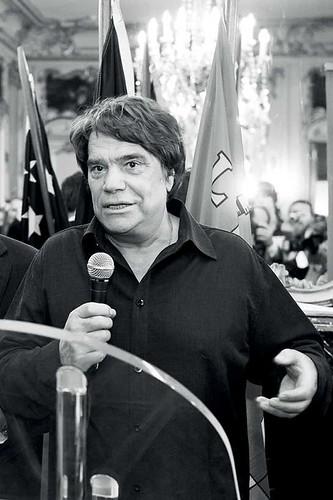 Bernard Tapie, kontroverzní francouzský podnikatel abývalý ministr
