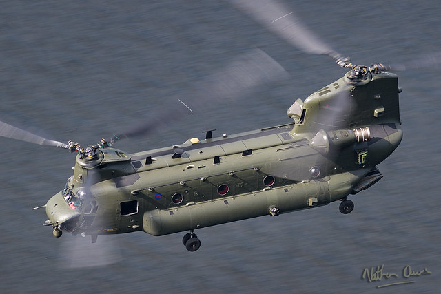 RAF Chinook ZA720 HC4 low level at Ullswater