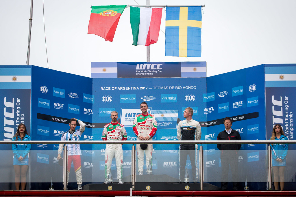 MICHELISZ Norbert (hun) Honda Civic team Castrol Honda WTCC ambiance portrait, MONTEIRO Tiago (prt) Honda Civic team Castrol Honda WTCC ambiance portrait, BJORK Thed (swe) Volvo S60 Polestar team Polestar Cyan Racing ambiance portrait, GUERRIERI Esteban (arg) Chevrolet RML Cruze team Campos racing ambiance portrait during the 2017 FIA WTCC World Touring Car Race of Argentina at Termas de Rio Hondo, Argentina on july 14 to 16 - Photo Alexandre Guillaumot / DPPI